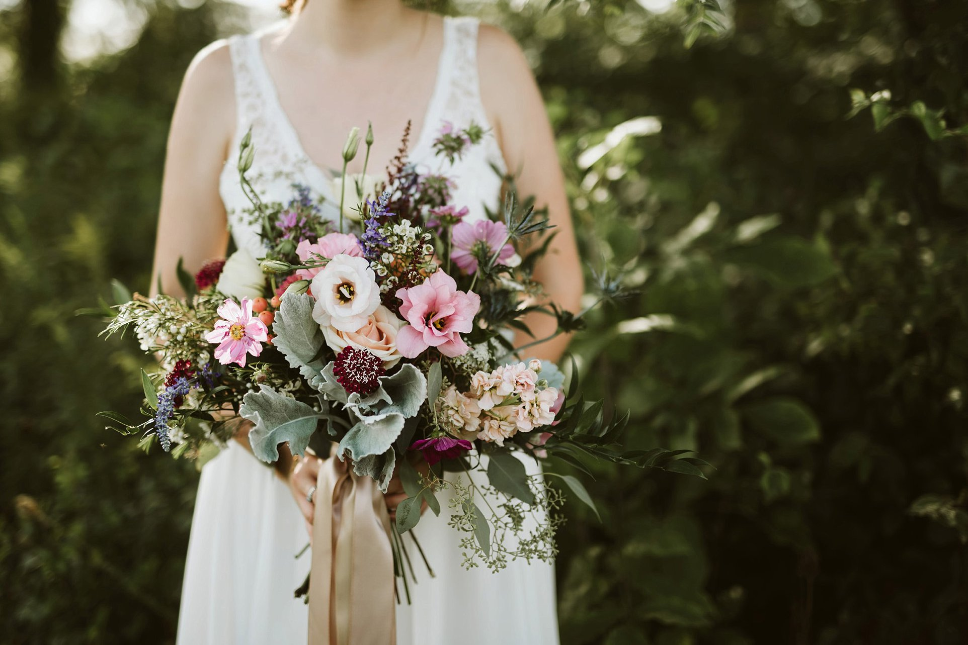 ohio-wedding-photographer-boho-garden-floral-wedding-026