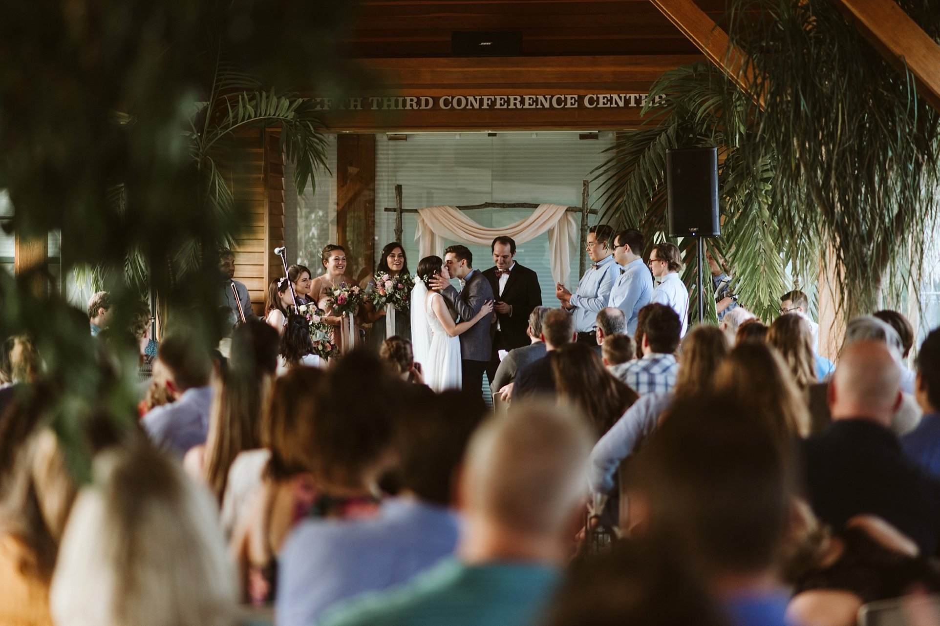 ohio-wedding-photographer-boho-garden-floral-wedding-071