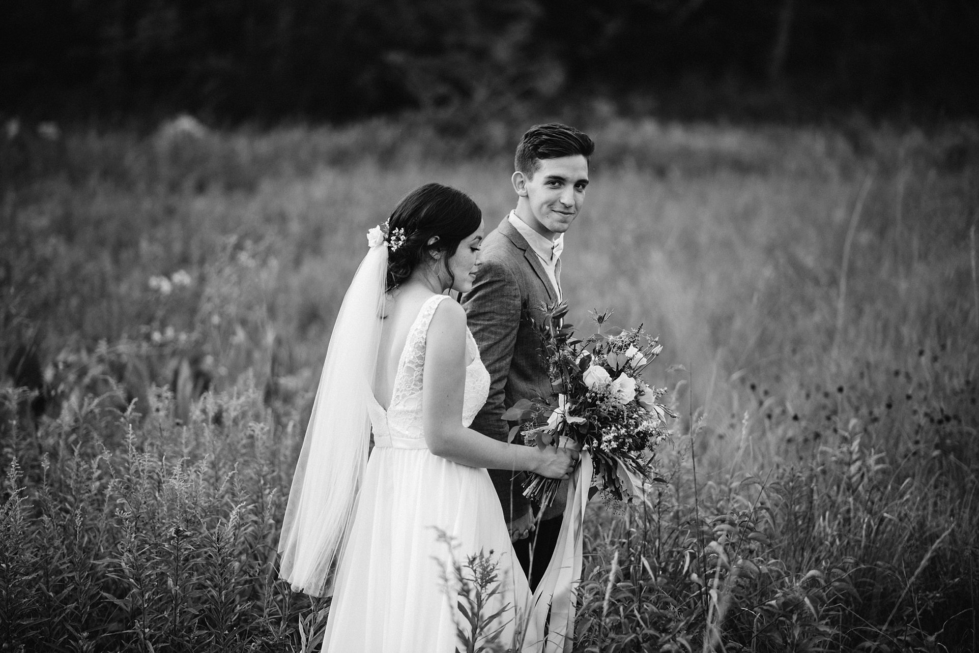 ohio-wedding-photographer-boho-garden-floral-wedding-098