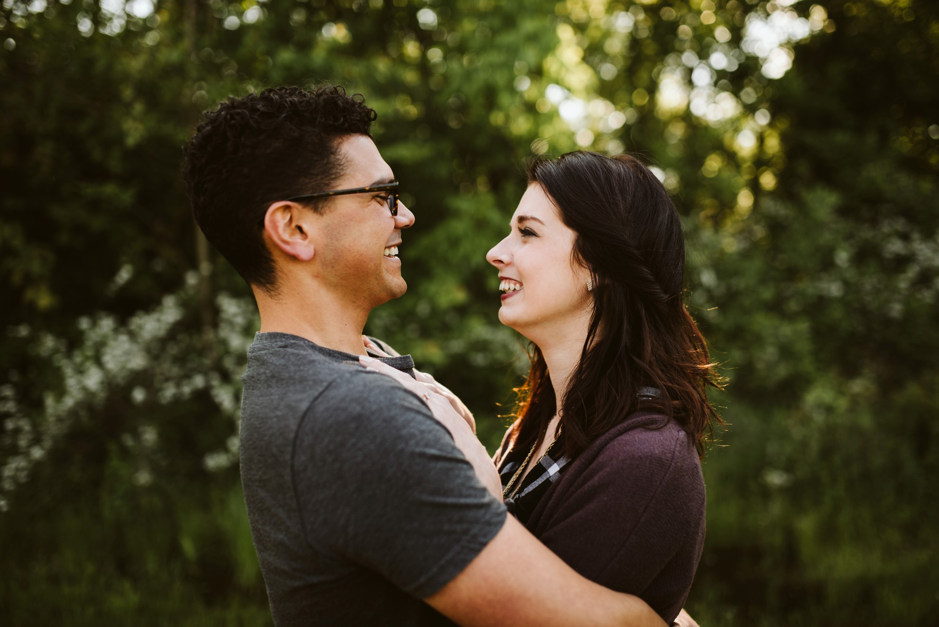 cincinnati-woodsy-engagement-photography-02